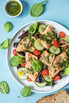 Trout fillet salad with herb dressing